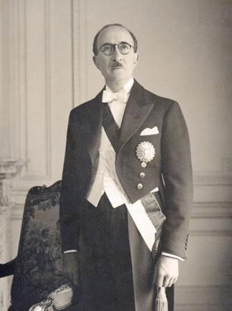 Jose-Luis-Bustamante-y-Rivero